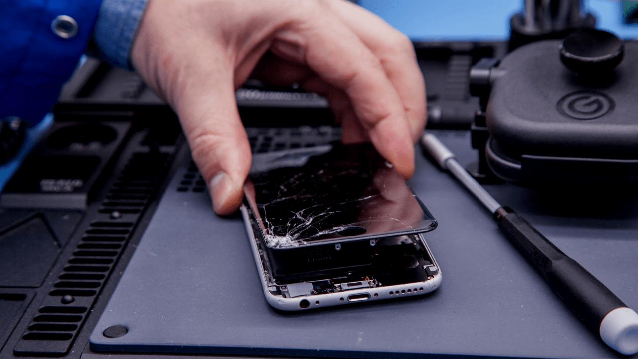 iphone ekran değişimi izmir